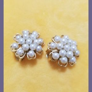 Vintage Pearl Clip-on Earrings